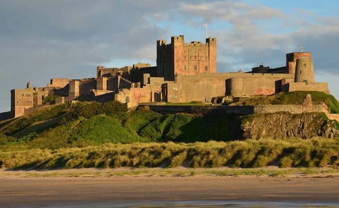 Bamburgh and Lindisfarne Day Tour